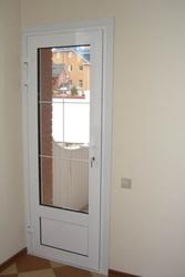 Пластиковые и алюминиевые двери и входные группы. Низкие цены